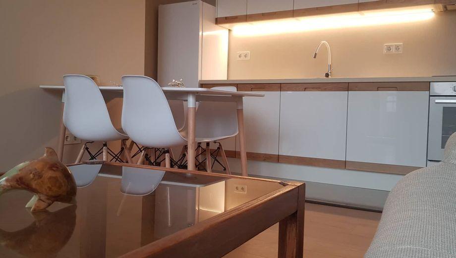 тристаен апартамент софия q3cmhu7n