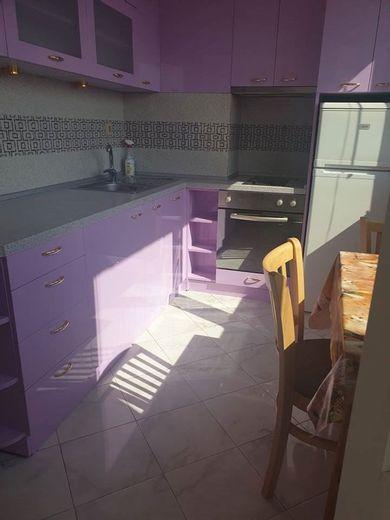 тристаен апартамент софия q4te7j9e
