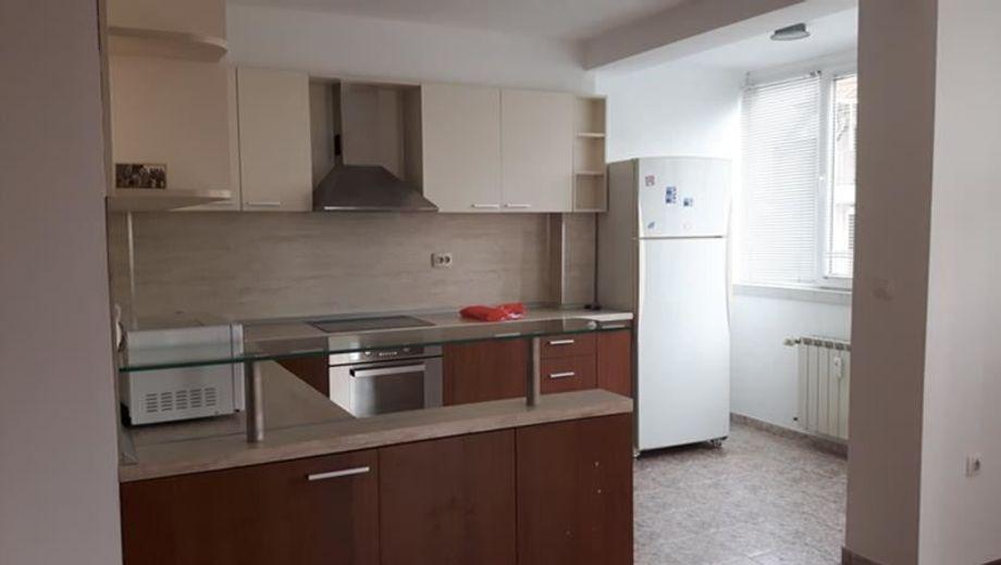 тристаен апартамент софия q51x94uq