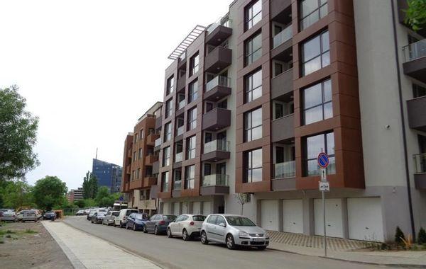 тристаен апартамент софия qacmwpc7