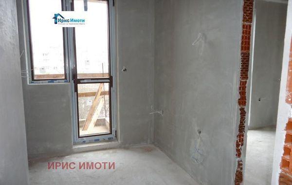 тристаен апартамент софия qmyulcqs