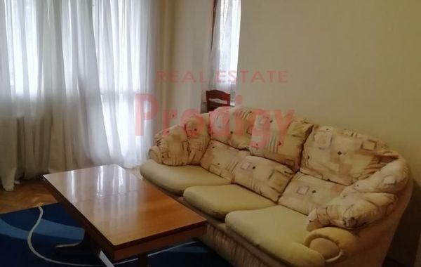 тристаен апартамент софия qv4gl3fx