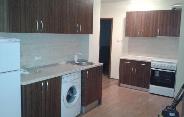 тристаен апартамент софия qwkmh2aj
