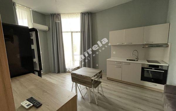 тристаен апартамент софия r5qdhq97