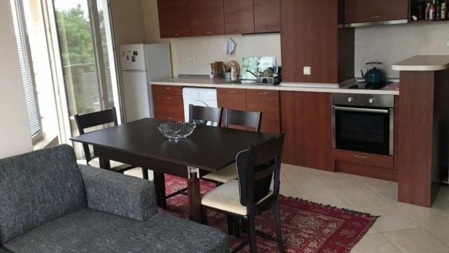 тристаен апартамент софия r6bbw32w