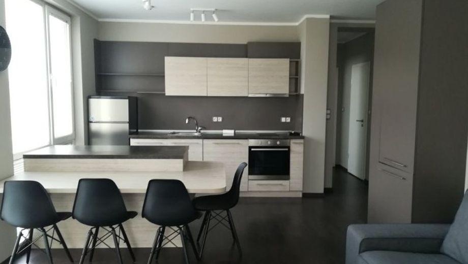тристаен апартамент софия rgymc3tp