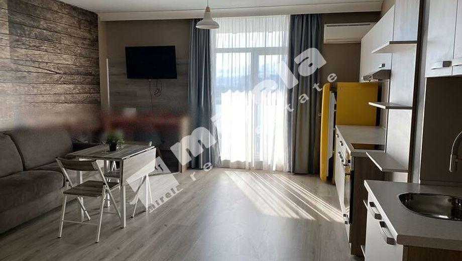 тристаен апартамент софия rh19urmf