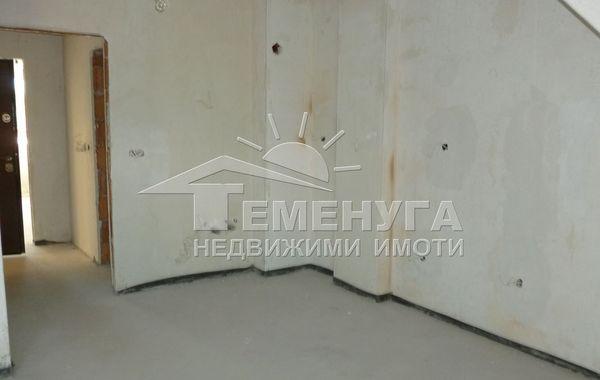тристаен апартамент софия ru26n3m1