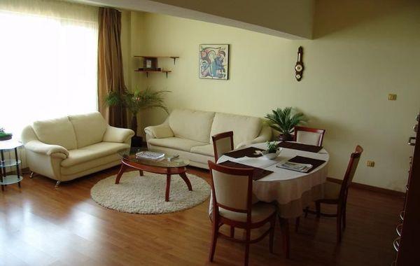 тристаен апартамент софия s7gbyh2p