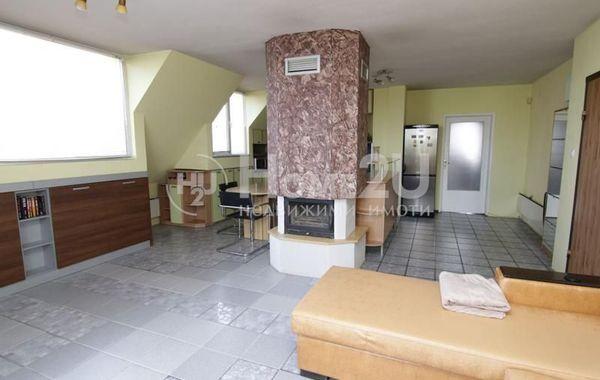 тристаен апартамент софия sq8rj9xr
