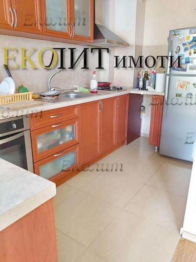 тристаен апартамент софия t499lxlr
