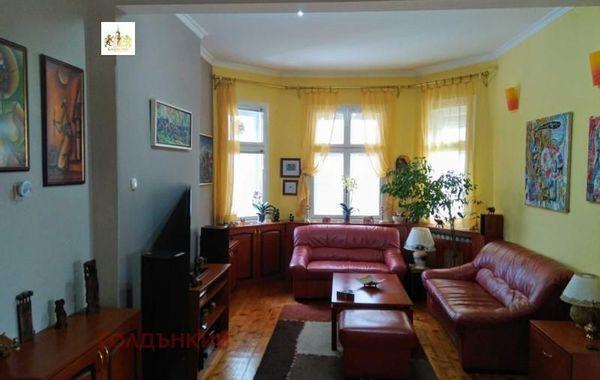 тристаен апартамент софия t7dt33r7
