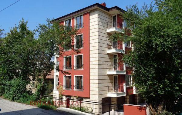тристаен апартамент софия t92yr7g8