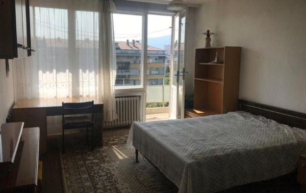 тристаен апартамент софия tbdvdkud