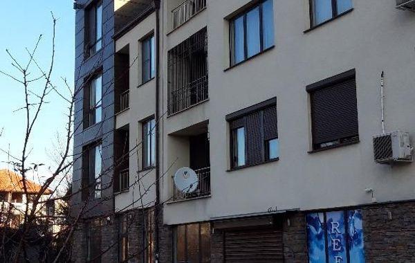тристаен апартамент софия tdnlahqc