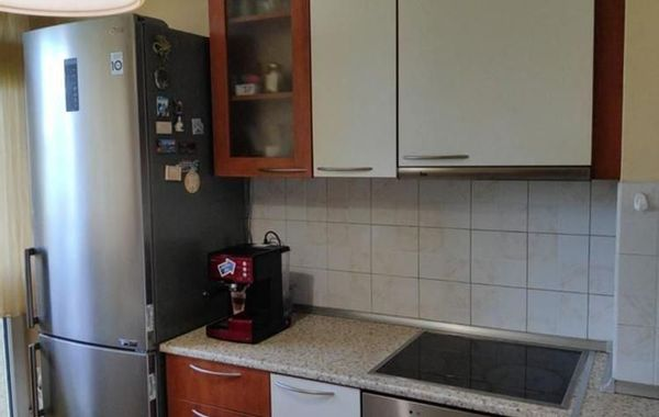 тристаен апартамент софия u2w67gea