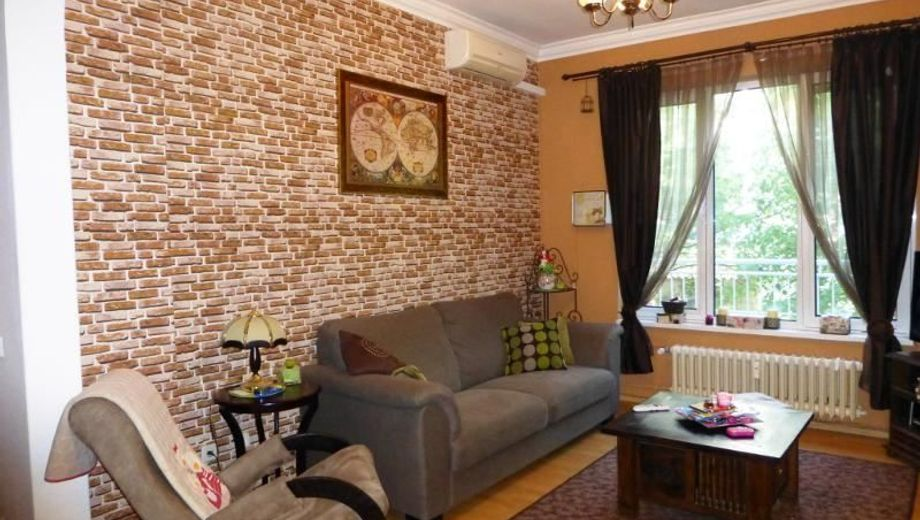 тристаен апартамент софия u425d8mr