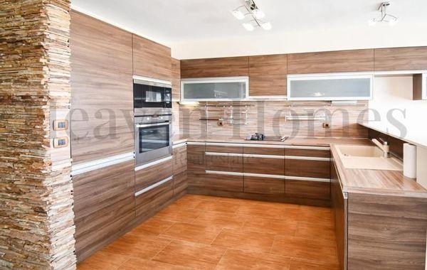 тристаен апартамент софия uc35ed3n