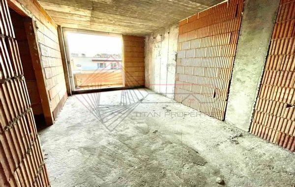 тристаен апартамент софия ujuee98d