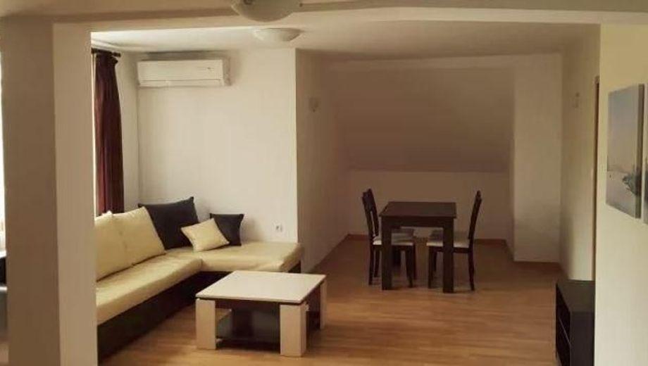 тристаен апартамент софия unycm57r