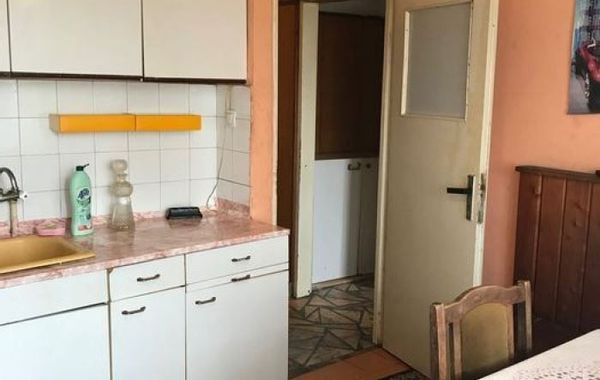 тристаен апартамент софия us5g1v8p