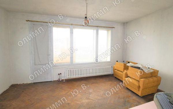 тристаен апартамент софия uv8u1rmr