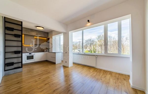 тристаен апартамент софия uwxebjq1