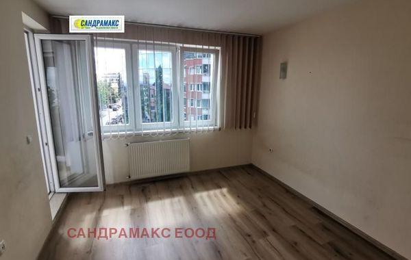 тристаен апартамент софия v2mnaxkc