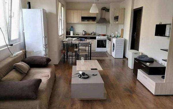 тристаен апартамент софия v6v2uhm7