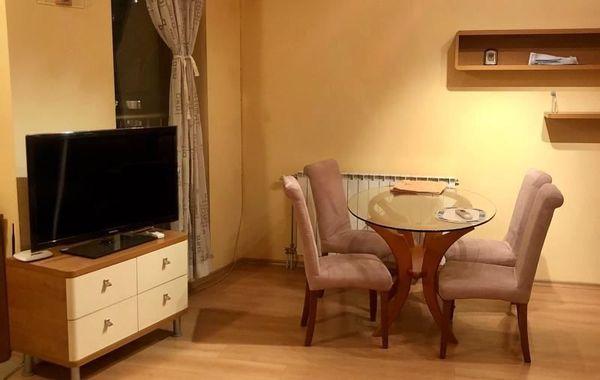тристаен апартамент софия v7w2a96u