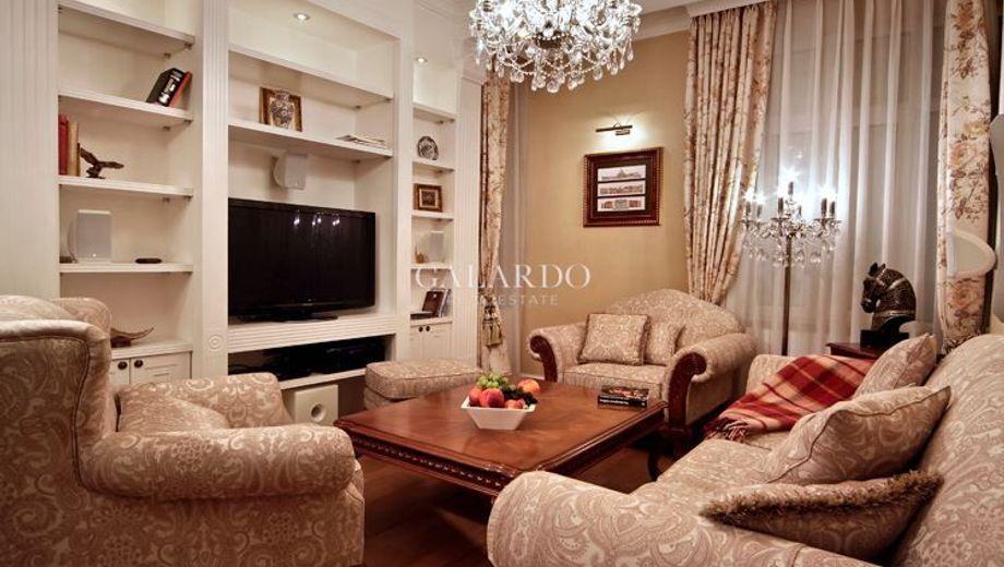 тристаен апартамент софия v9x6v8ad