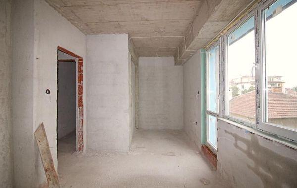 тристаен апартамент софия vcjeewvy