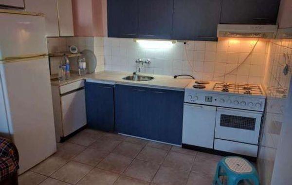 тристаен апартамент софия vrbkc9y8