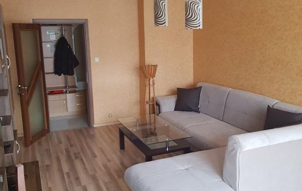 тристаен апартамент софия vtf8n6x5