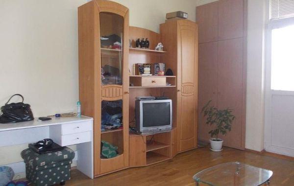 тристаен апартамент софия w65kd66n