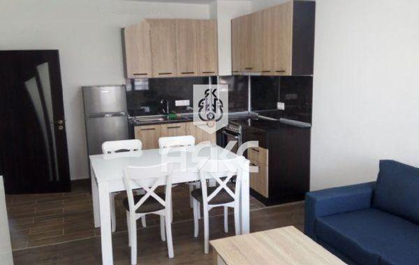 тристаен апартамент софия wns62d3j