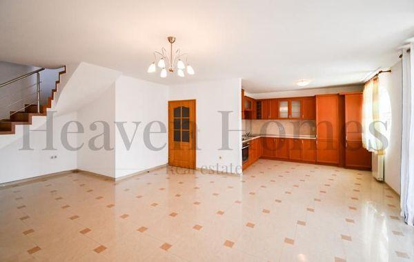 тристаен апартамент софия wwred71x