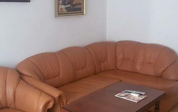 тристаен апартамент софия xchv6mpe