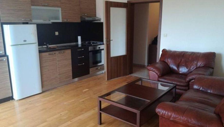 тристаен апартамент софия xd6bxtt1