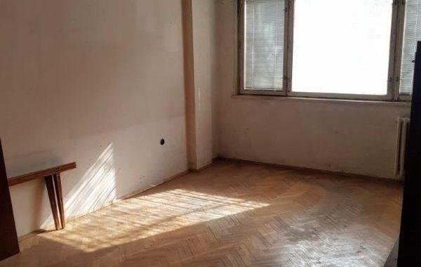 тристаен апартамент софия xf6qu1jc