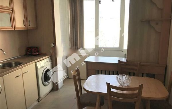 тристаен апартамент софия xfb96k2s