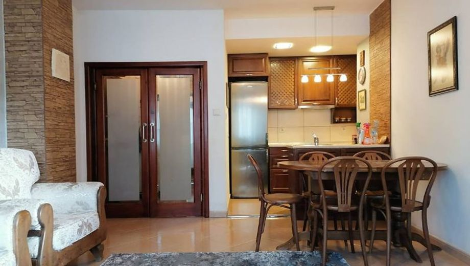 тристаен апартамент софия xj8eq758