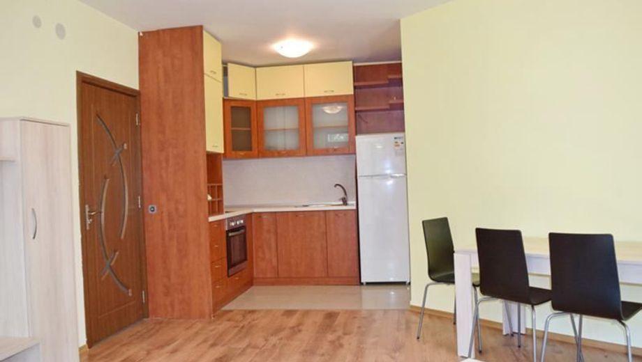 тристаен апартамент софия xt672bxv