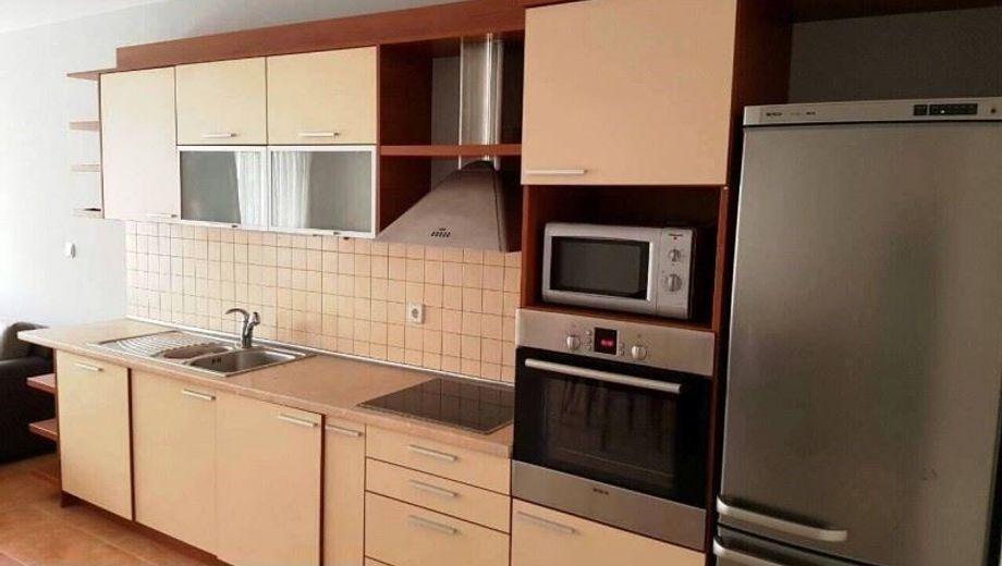 тристаен апартамент софия yn1f61kg