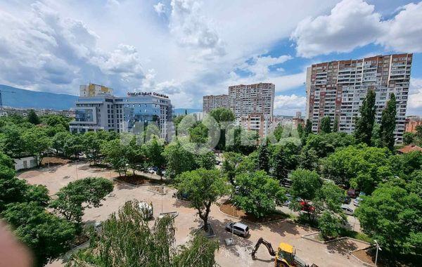 тристаен апартамент софия yn9sw343