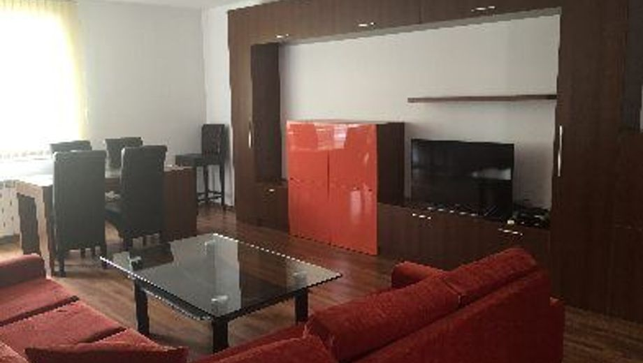 тристаен апартамент софия yqaprwgq