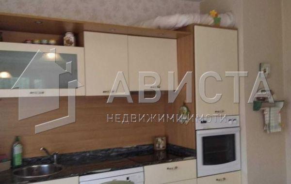 тристаен апартамент софия yunpn68r