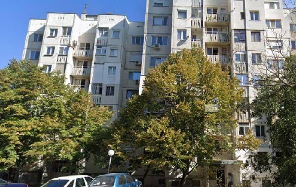 тристаен апартамент стара загора 2v3v28t8