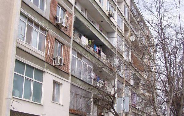 тристаен апартамент стара загора 75du66pn