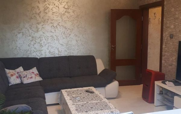 тристаен апартамент стара загора x2tyygq3